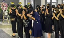 Tang lễ hoa hậu Thu Thủy: Minh Tiệp và dàn sao khóc nức nở